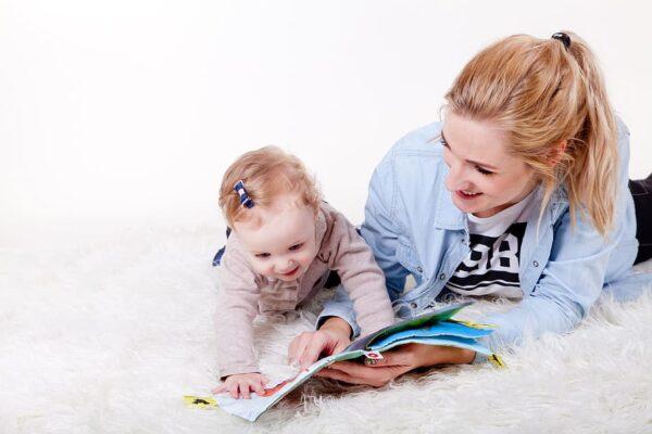 Devenir baby-sitter autoentrepreneur
